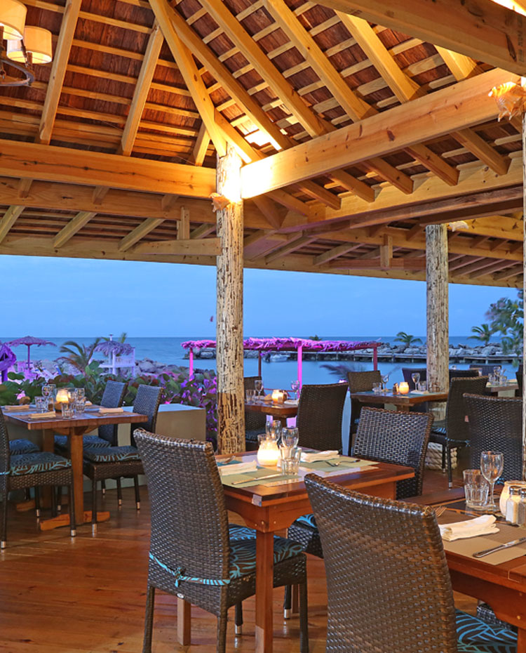Sottovento Beach Club Restaurant & Bar